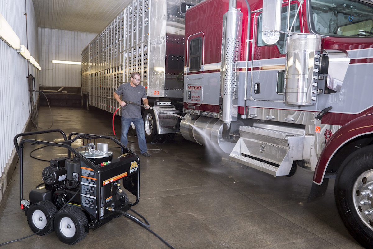 benefits of hot water pressure washer